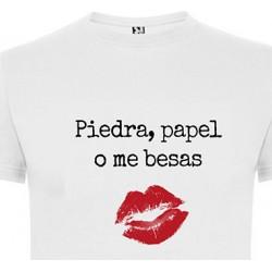 Camiseta mujer piedra papel beso